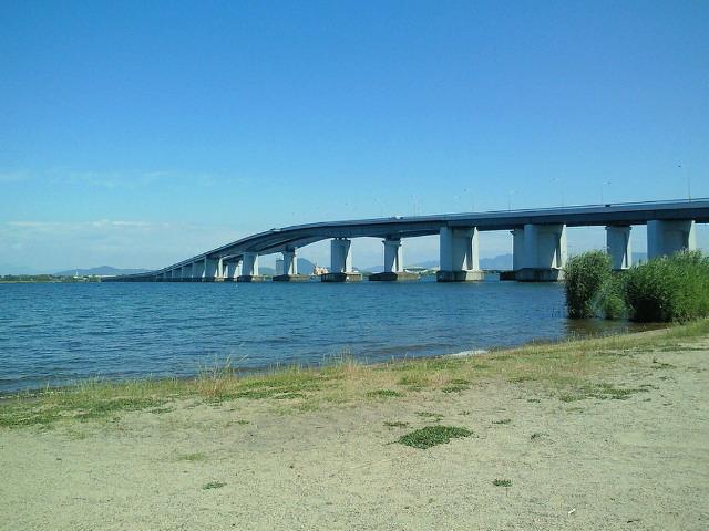 道の駅から琵琶湖大橋を眺め何を想う